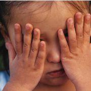 La maltraitance laisserait des traces cérébrales liées à une vulnérabilité future
