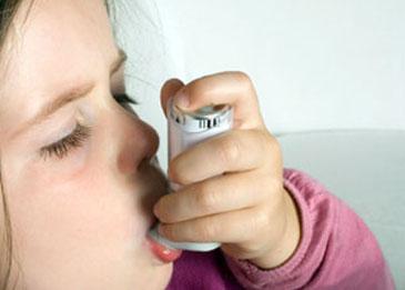 Un lien entre antibiotiques et asthme ?