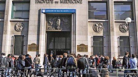 Des étudiants en médecine alertent sur l'influence des laboratoires