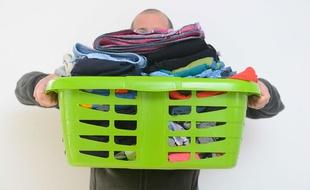 Sexualité: Les hommes qui font le ménage seraient meilleurs au lit