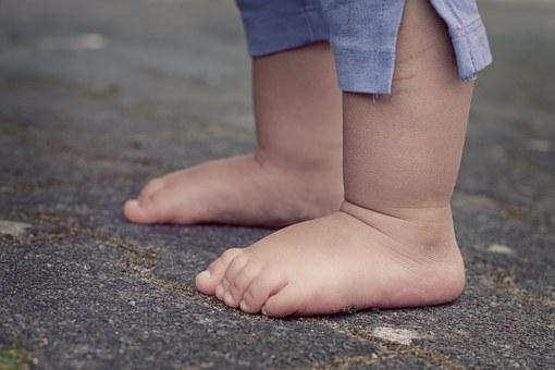 Nouvelle enquête lancée par le gouvernement sur les bébés nés sans bras