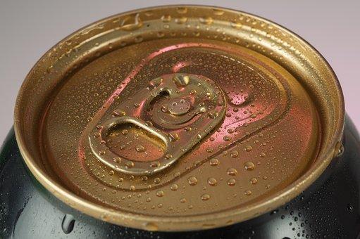 Une seule canette de boisson énergisante peut troubler le rythme cardiaque