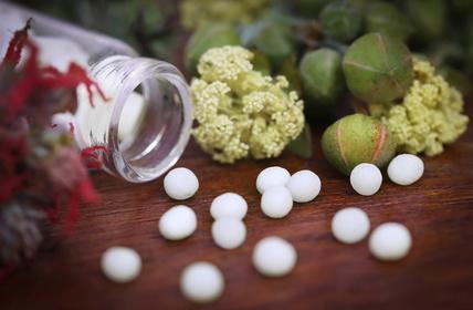 Le conseil national de l'ordre des médecins décide de supprimer le titre d'Homéopathe