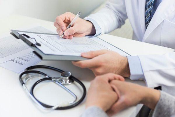 """Coronavirus : Les 2 patients à l'hôpital Bichat """"vont très bien"""""""