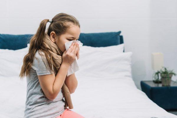 Le coronavirus ne touche pas les enfants mais surtout les personnes âgées et malades