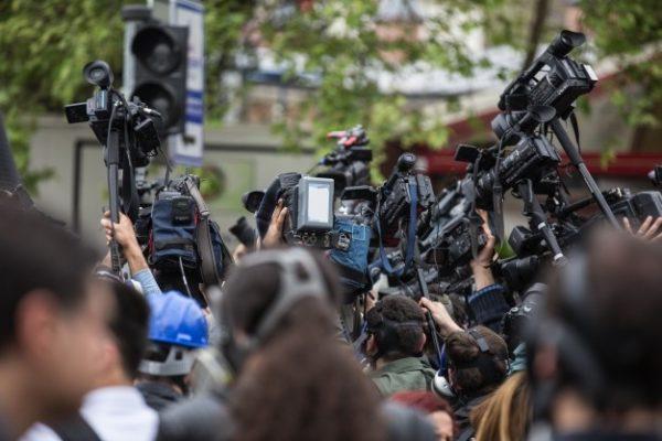 Libé et les médias, font-ils encore de l'info objective?