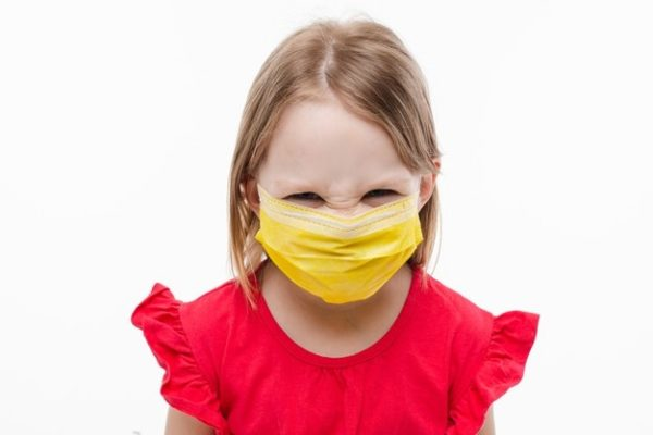 Port du masque obligatoire pour les enfants dès l'âge de 6 ans