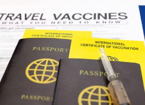 Les États-Unis excluent les passeports vaccinaux
