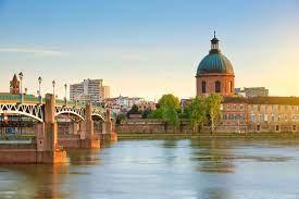 Toulouse : les déclarations d'effets indésirables explosent