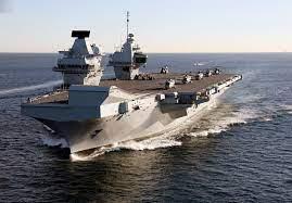 Une épidémie de Covid-19 a été confirmée sur le navire amiral de la Royal Navy : 100% de l'équipage est vacciné…